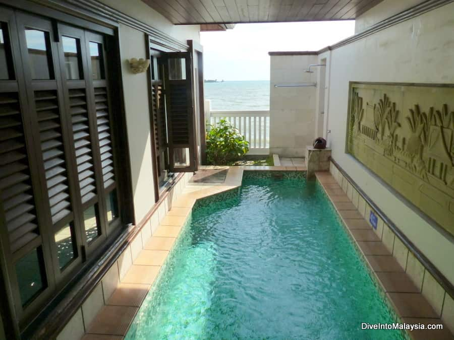 pool in the room port dickson at Grand Lexis
