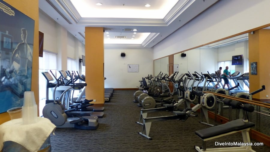 gym at sama sama hotel kul