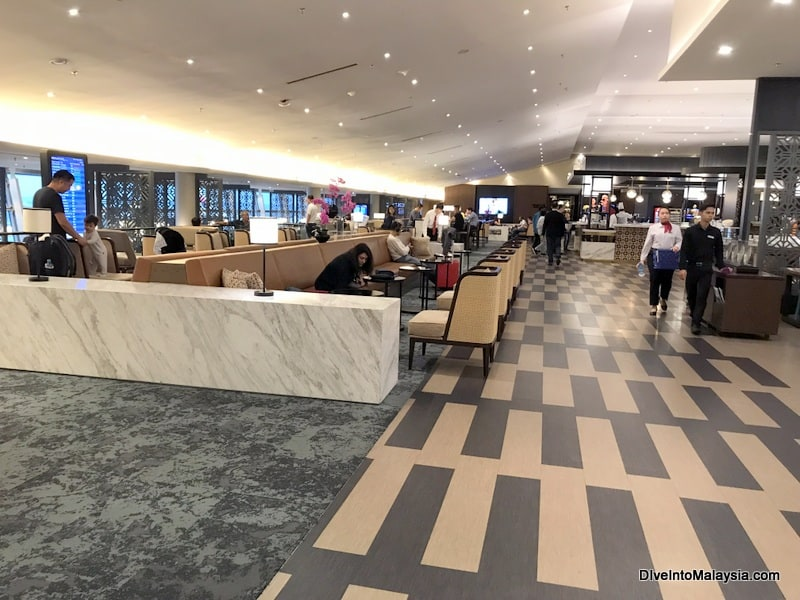 mas golden lounge klia inside