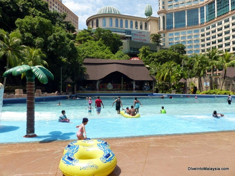Sunway Lagoon swimming pool