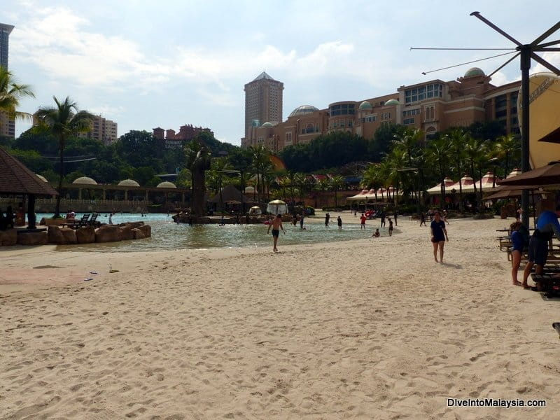 Sunway Lagoon beach and Sunway Lagoon how to get there