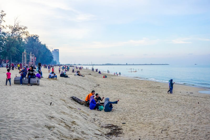 Batu Buruk Terengganu attractions places