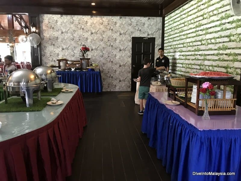 Perhentian Island Resort restaurant buffet